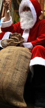 sitzender Nikolaus/Weihnachtsmann